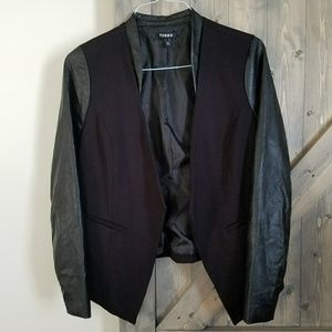 Torrid Open Front Blazer Faux Leather Plus Size 00